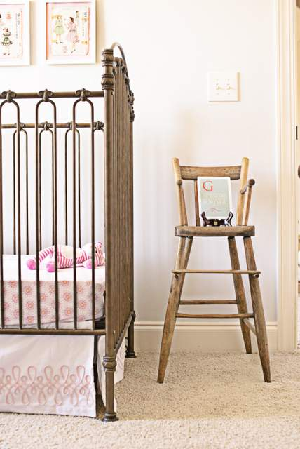 nursery highchair-004