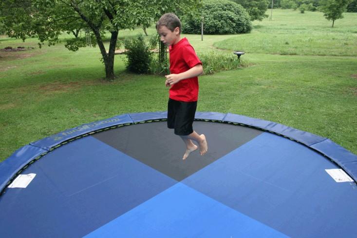 10543846-trampoline-mats